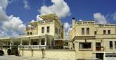 05Royal House